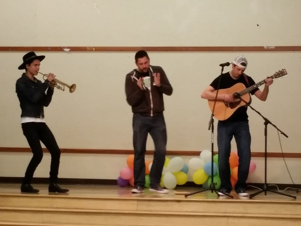 Patrick White and The Julias performing at Esperanza Elementary on 3/12/16